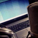 Aufnahme mit Mikrofon: Wie gelingen klare Sprachaufnahmen?