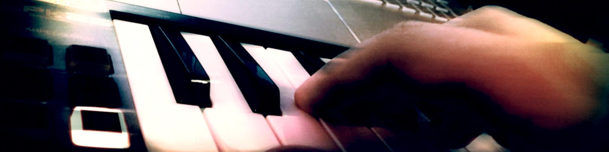 Ronald Kah - Komponist für gemafreie Filmmusik