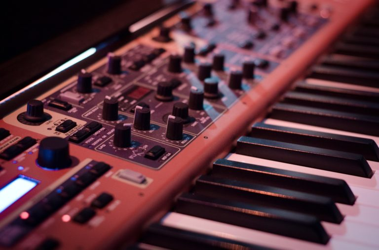 Synthesizer | Definition und Software-Tipps im Überblick