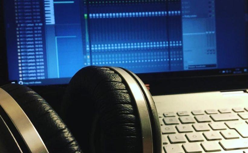 Kopfhörer für Musikproduktion