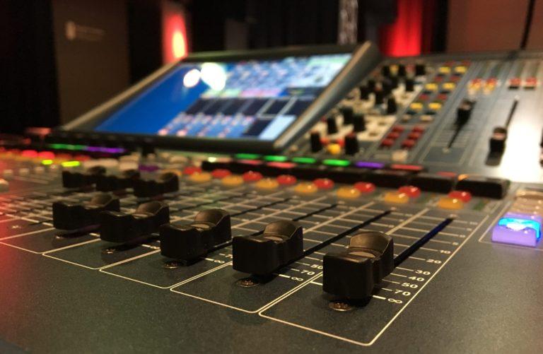 Produktionsmusik – Infos & kostenlose Playlist im Überblick