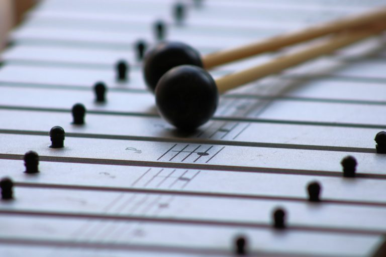 Wie entsteht ein Ton? Einfach erklärt in der Übersicht